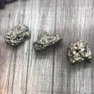 Pyrite crystal protection meditation nugs natural